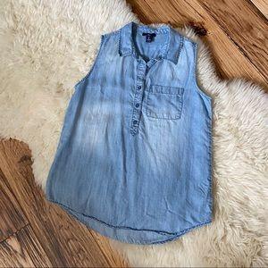 Gap Chambray Sleeveless Henley Shirt Size Small